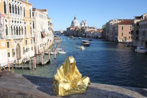 european-cultural-centre-venice-biennale-contemporary-art-show-sculpture-fine-arts-public-statue-guardians-of-time-manfred-kili-kielnhofer-9881